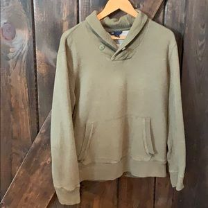 Men's GAP sweater